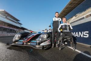 Frédéric Sausset et Christophe Tinseau à côté de leur Morgan LMP2 #84